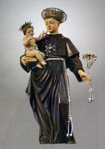 Statua di Sant'Antonio da Padova a Ceglie Messapica